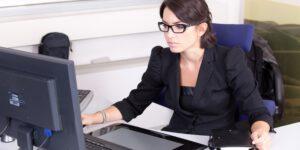 Jak wybrać kserokopiarkę do biura?